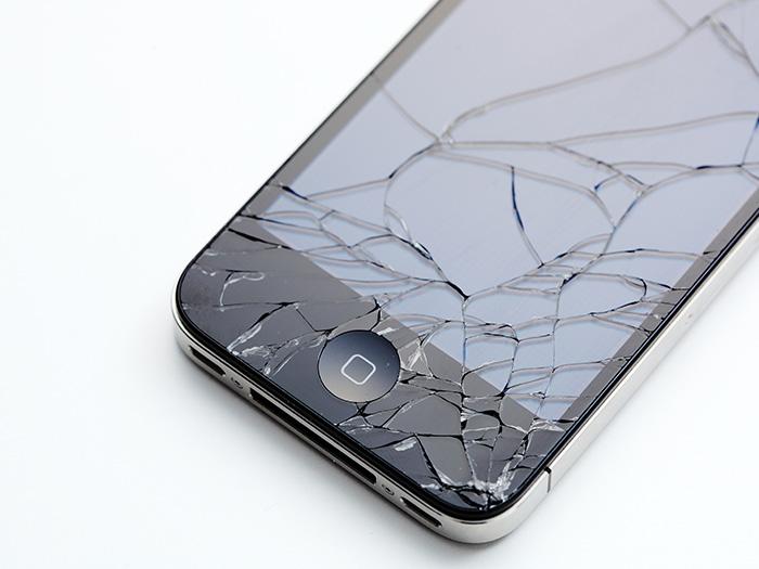ひび割れ携帯